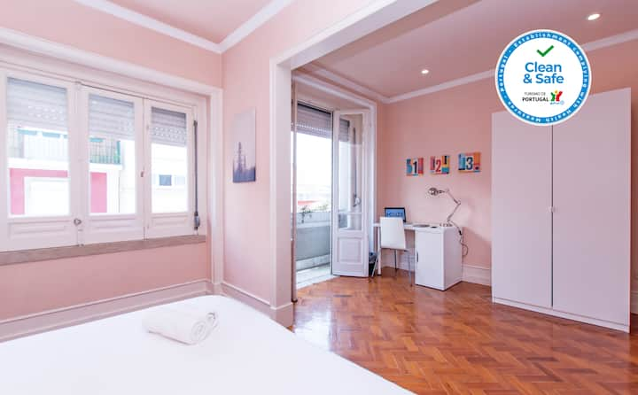 HOUZE_6 rooms flat in Charming & Historical Lisbon