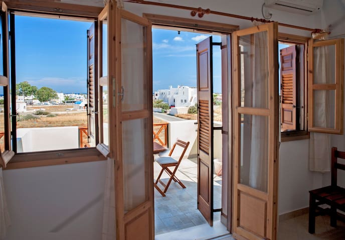 Bright Apartment with nice view • Almyra