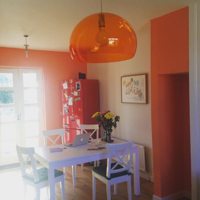 La casa colorata a bath appartamenti in affitto a bath for Piani casa bagno jill e jill