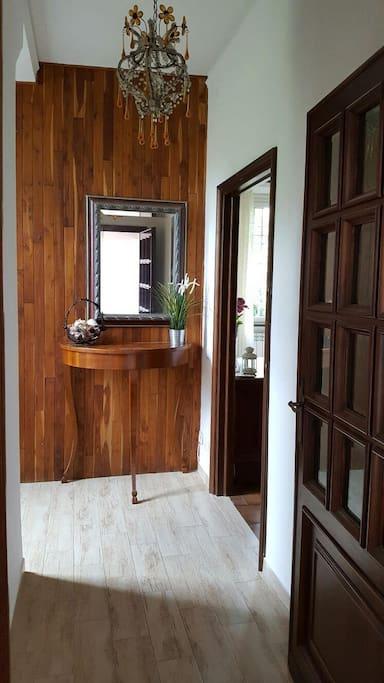 Appartamento in villa in stile toscano case in affitto a for Piccole case in stile toscano