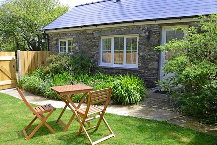 Single storey cottage with its own secure garden.