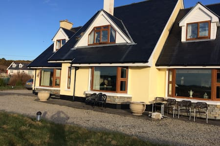 seawater house on the strand - Gweedore - House