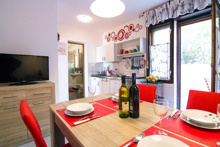 Modern family apartment - Rosso - Stara Baška - Apartment