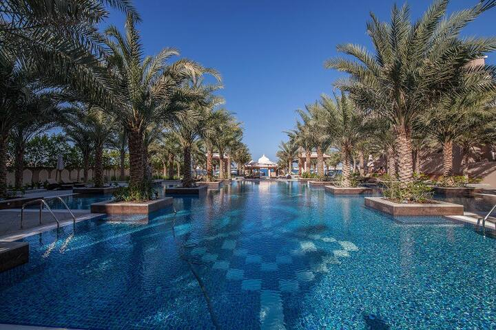 Luxury stay 1 BD in Palm ! Free beach and pool ! - Dubai - Leilighet