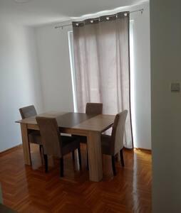 N&N Apartment