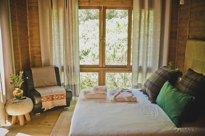 Bangalô Hortênsia - quarto 02 - cama casal