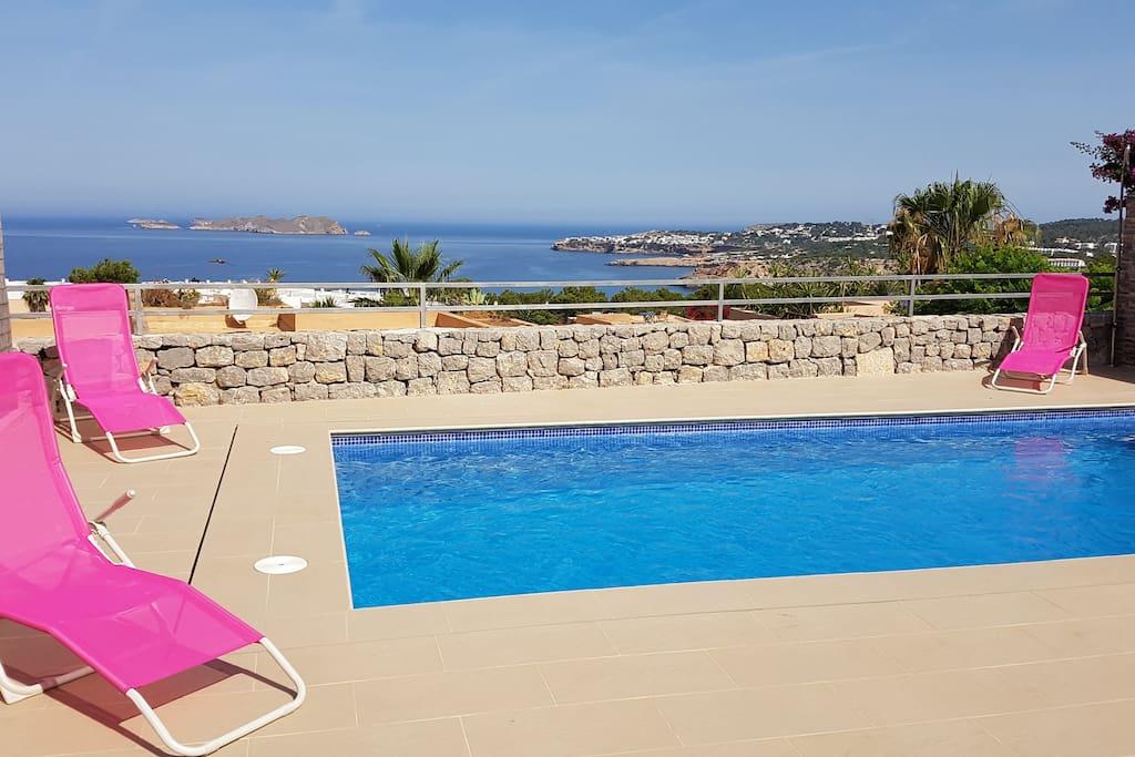Maison piscine priv e coucher du soleil de la mer for Piscine du soleil nice