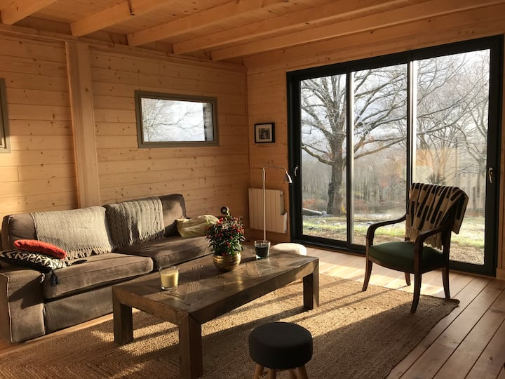 Maison de bois en pleine nature à 20 min de Beaune