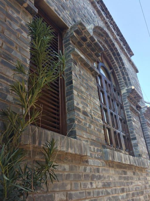 青砖古式民居