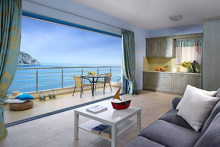 Family Suite with Sea View A - Euboea - 独立屋