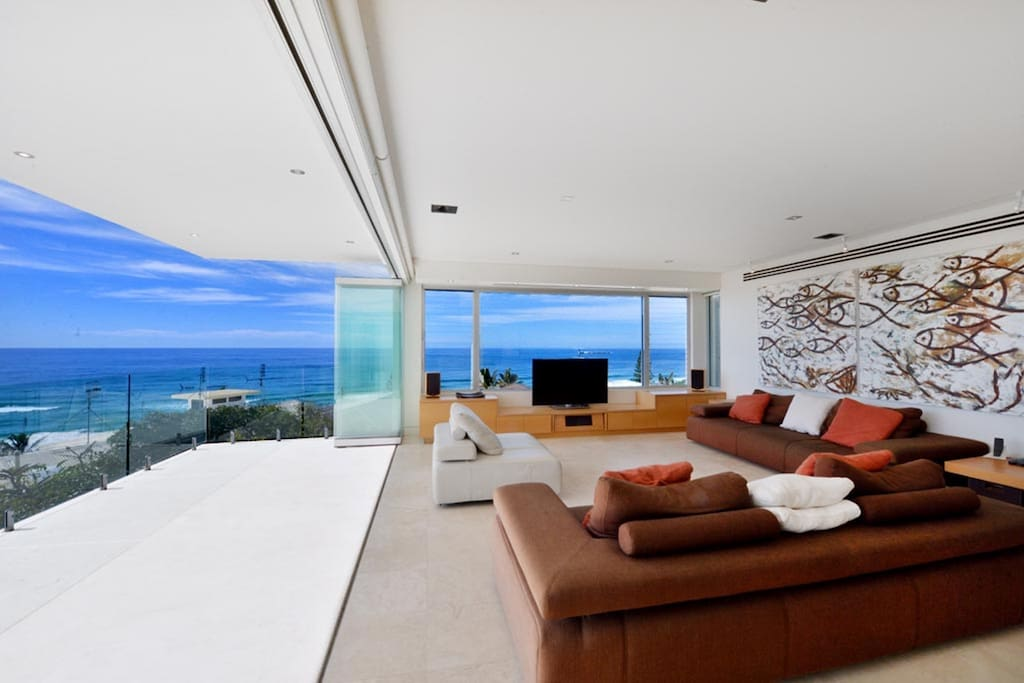 Stunning ocean views from the living area