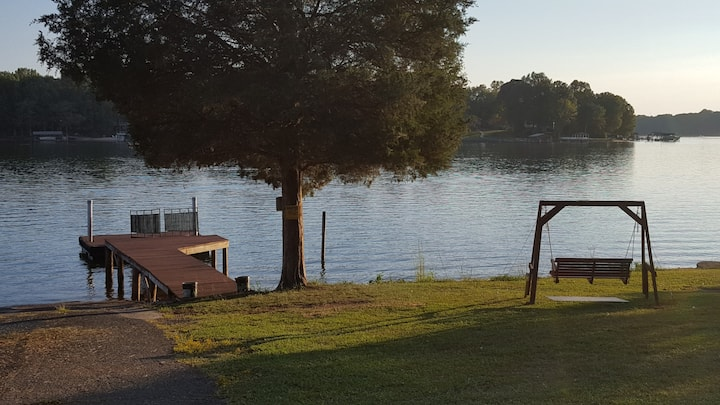 Lake Norman Cottage
