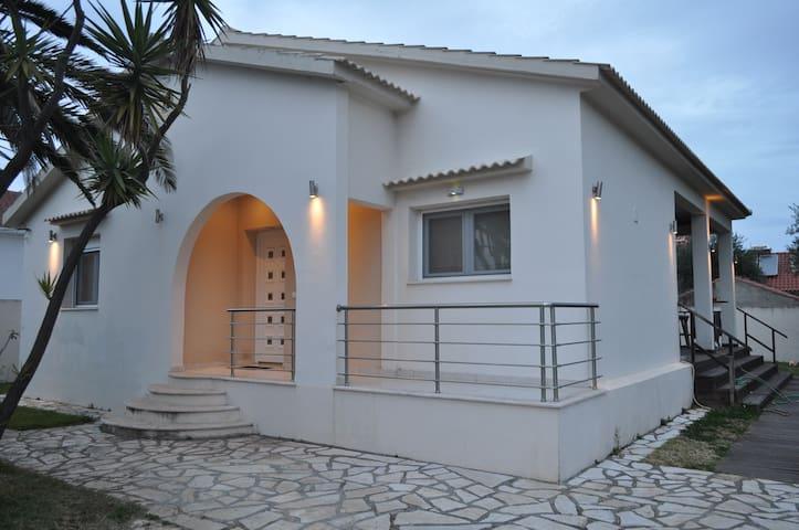 Villa Christina - Acharavi