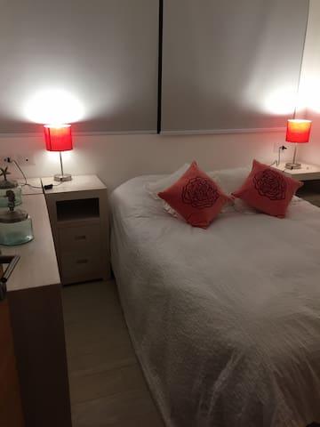 Delicada Pieza Matrimonial con baño en suite