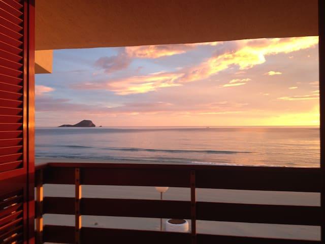 Casa 5 dormitorios a orilla de mar - La Manga - Rumah