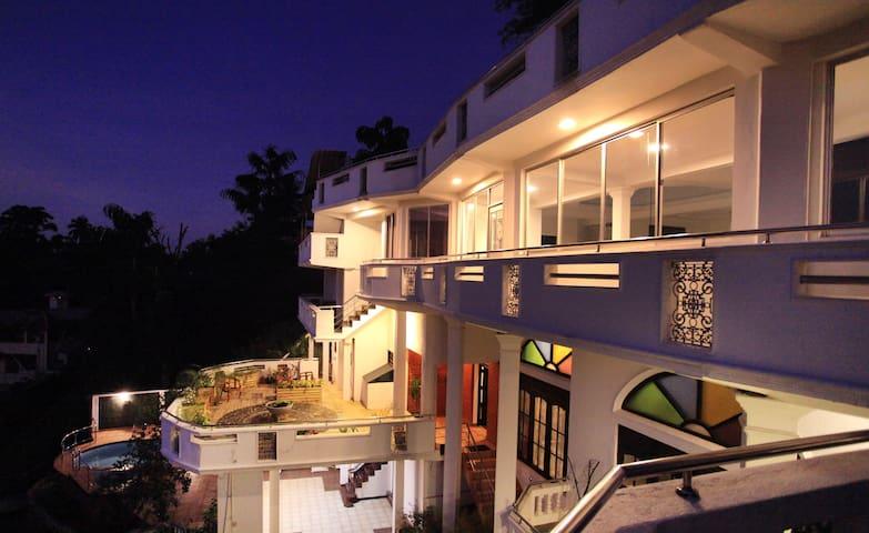Mountain View Villa with a Pool&Gardens - Kandy - Villa