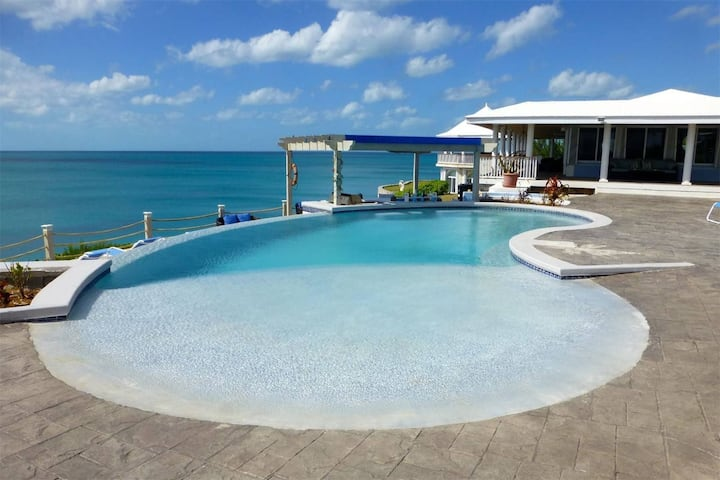 CLIFF-TOP ESTATE W/ POOL, Direct Caribbean Access