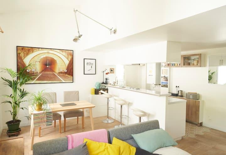 Charming duplex appart in a former artist's studio