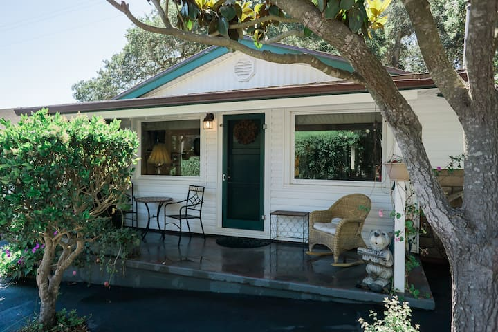 The Cottage at Barlocker's Rustling Oaks Ranch - Salinas - Hus