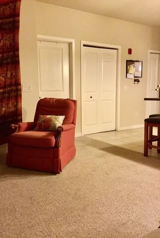 3 Bed EAA Private Apartment Unit in Oshkosh WI - Oshkosh - Apartamento