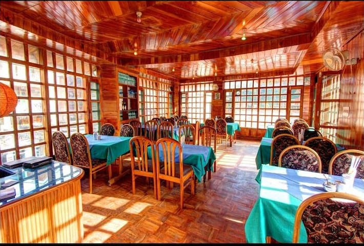 Double Bed Rooms In Old Manali