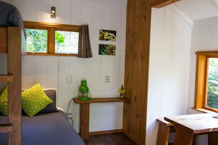 Haven - your secluded Hush cabin