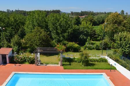 Osório's Place - Quarto Hortência - Jesufrei - Villa