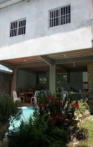 Sobradinho aconchegante melhor bairro Rio Branco