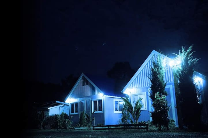 Saengcha Farm Resort - Farm House Bungalow Deluxe