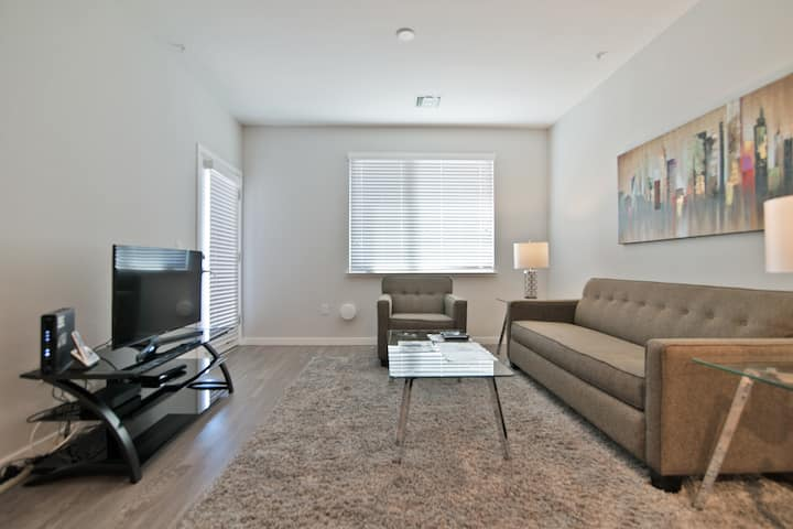 Private Stanford 1BR Ideal for Healthcare Traveler