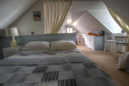 Puffins Loft Bed & Breakfast