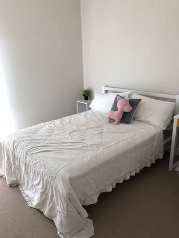 Room for rent in Cannington
