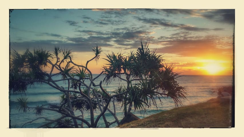 Ocean views at Burleigh Heads - Burleigh Heads