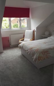 Double room in detached house - Inap sarapan