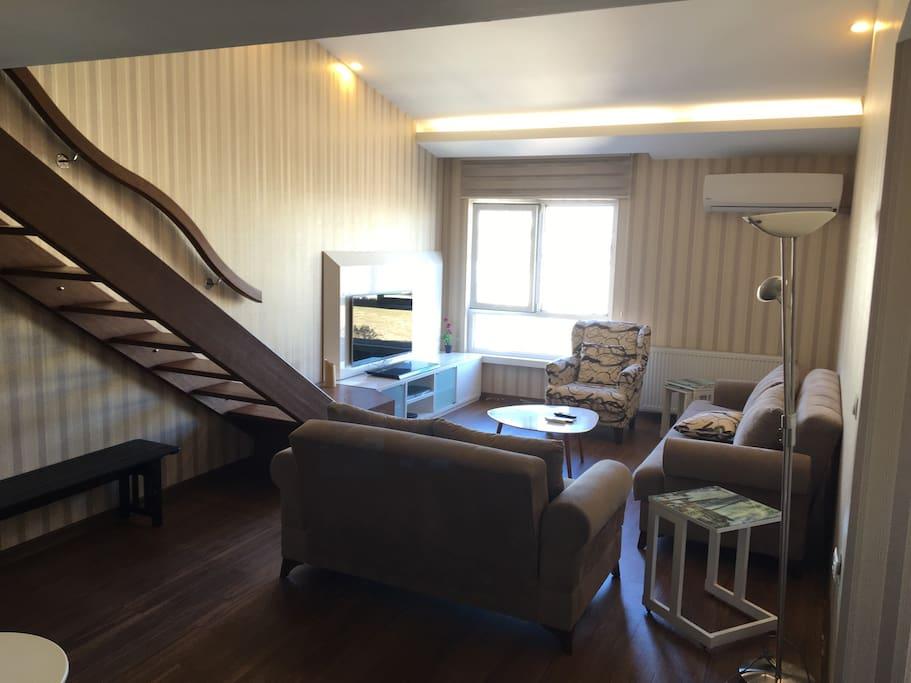 Apartment Mezzanine Floor : Rooms mezzanine floor serviced apartments for rent