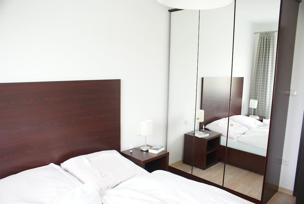 Schrank im Schlafzimmer / cupboard in the bedroom