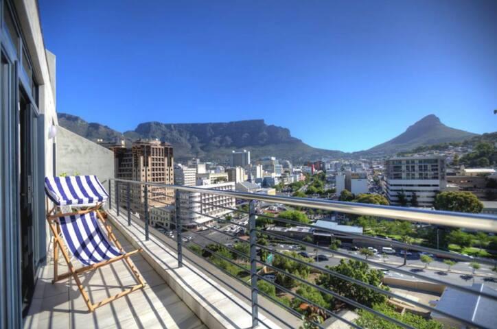 Central light apt with great views - Ciudad del Cabo - Apartamento
