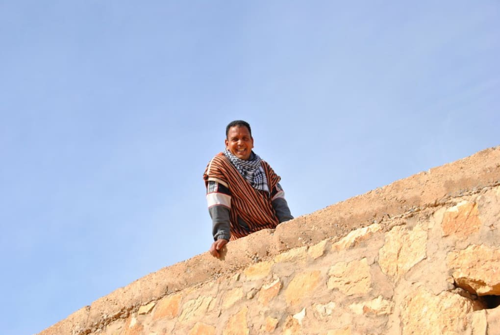 le propriétaire de l'auberge kasbah la datte d'or.