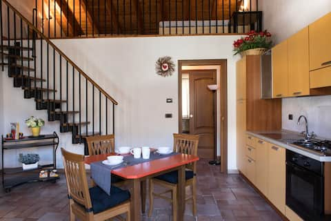 The Dovecote - cozy apt for 2-4 guests with garden