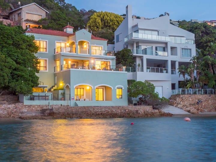Shoreline Villa & Shoreline Cottage