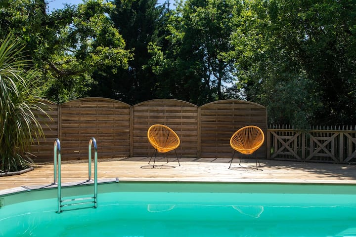 Superbe maison bois, piscine au sel
