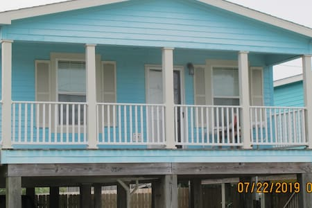 Ocean Breezes 2 Bedroom Home