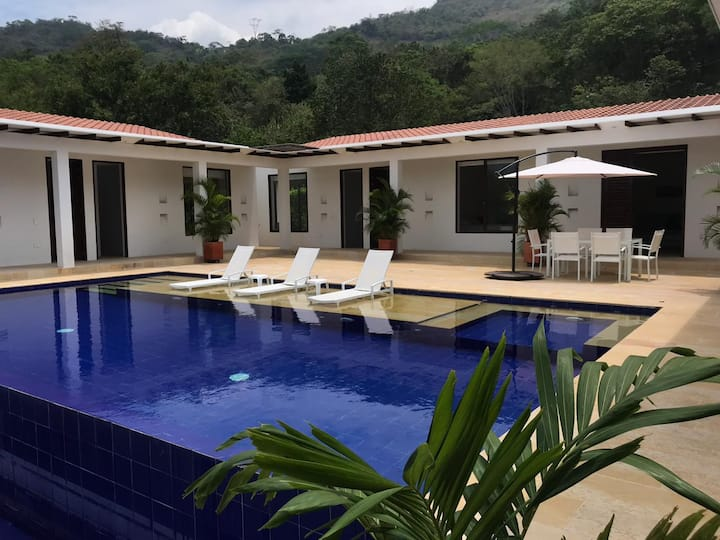 Espectacular Casa en Condominio Bosques de Chicala