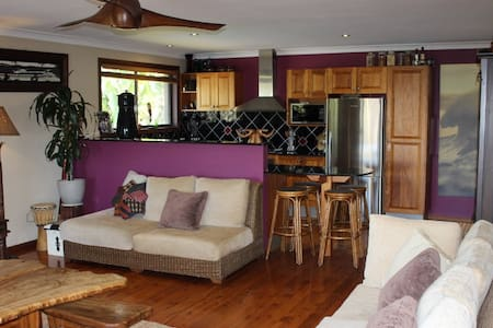 Tugun Timber Beach Sanctuary - Tugun - House
