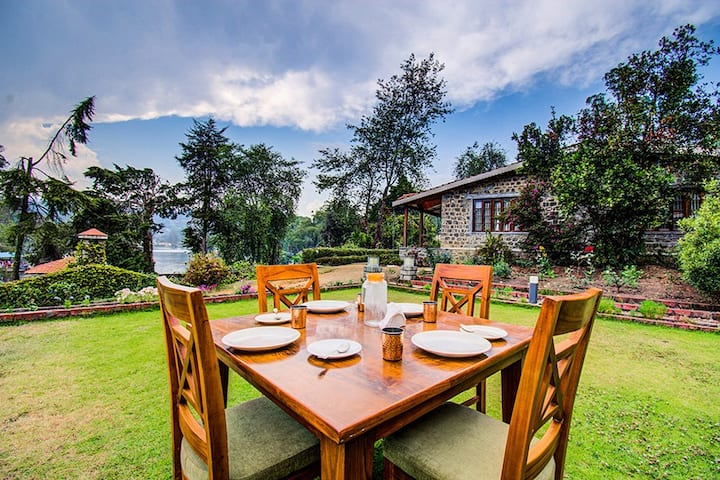 ♡3BR Mistycove Lake View♡ Satvik Family Villa