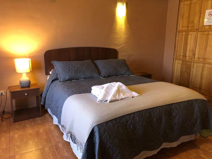 Habitacion Doble con Jacuzzi y baño privado - Sami