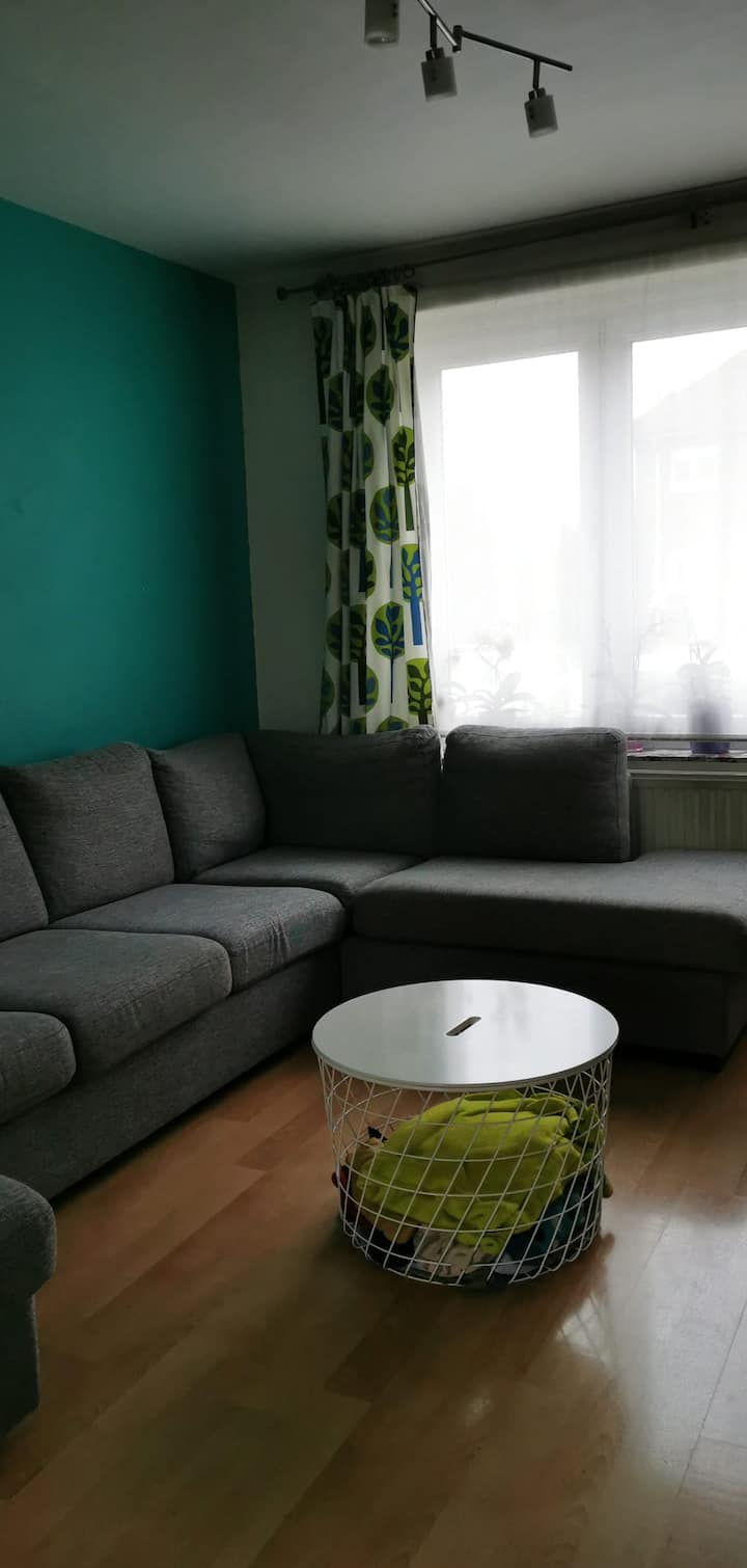 Colourfull cozy home with 3 single bedrooms