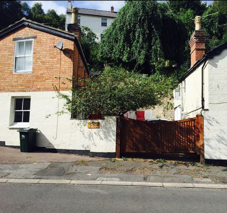 a private homely flat in the malvern hills wohnungen zur miete in malvern worcestershire. Black Bedroom Furniture Sets. Home Design Ideas