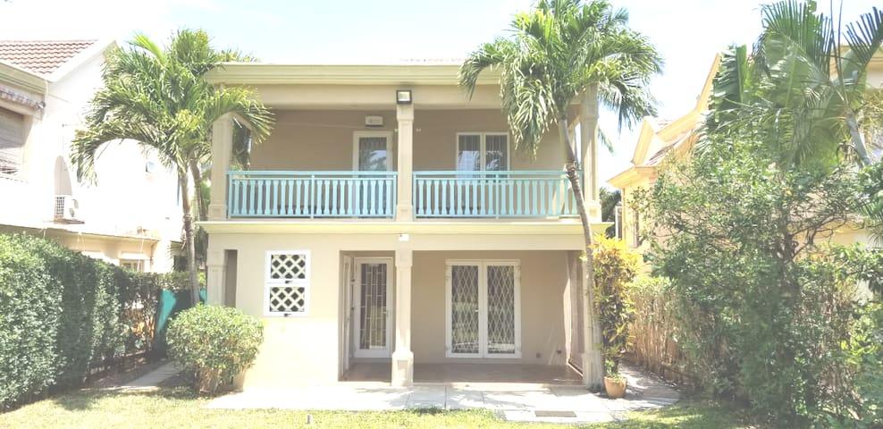 42, Gold Coast Villa, Coastal Road, Flic en Flac