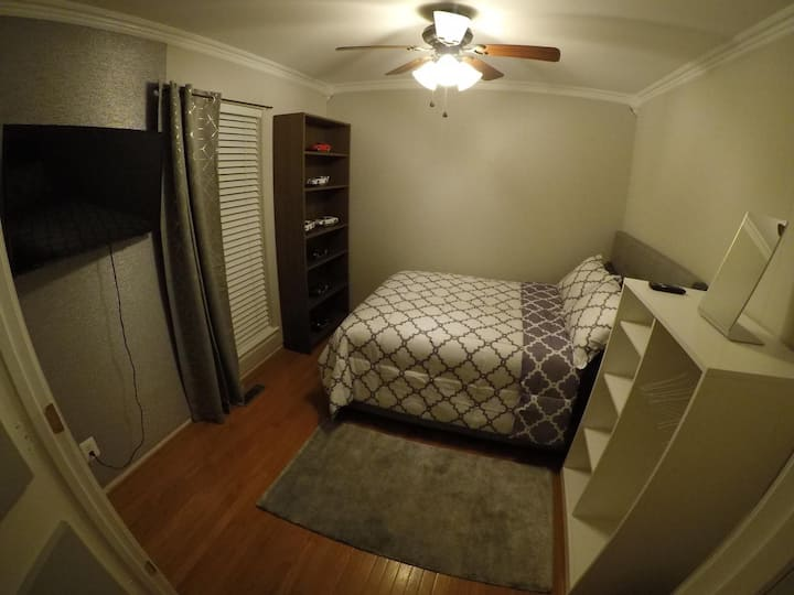 "Studio Bedroom ""S"" NearQuantico/PotomacMall/DC"